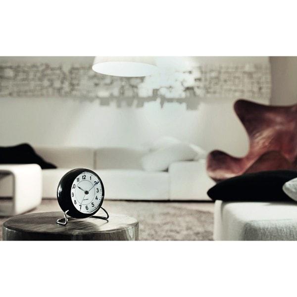 Arne Jacobsen Tischuhr Clock Station mit Alarm schwarz