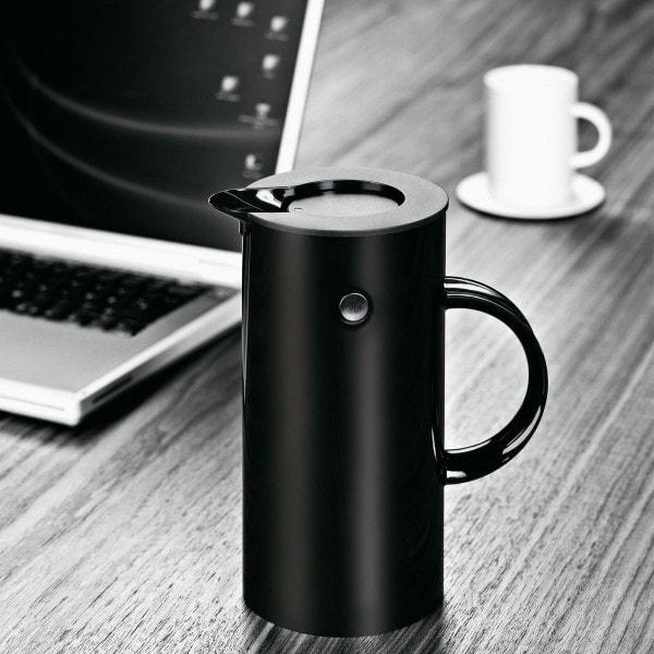 Stelton Isolierkanne 0.5L schwarz